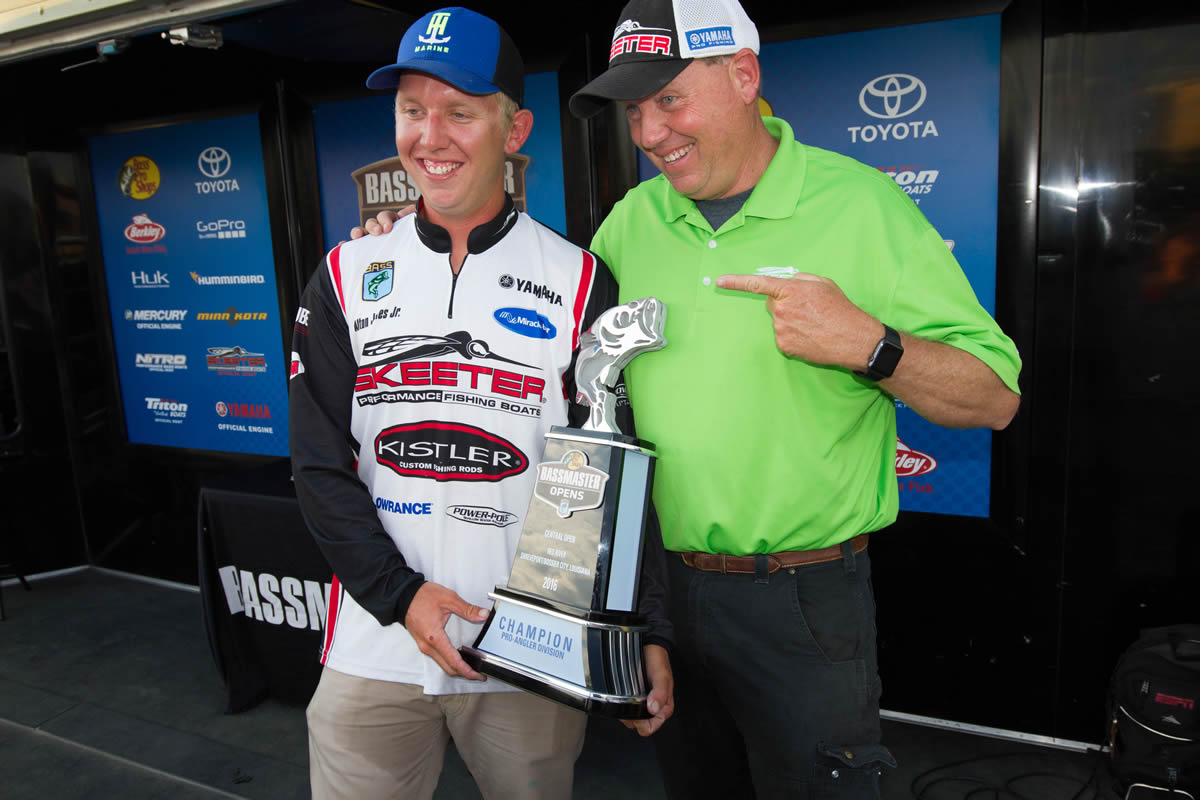 Jones family living the dream as fourth father and son duo to fish Bassmaster Classic